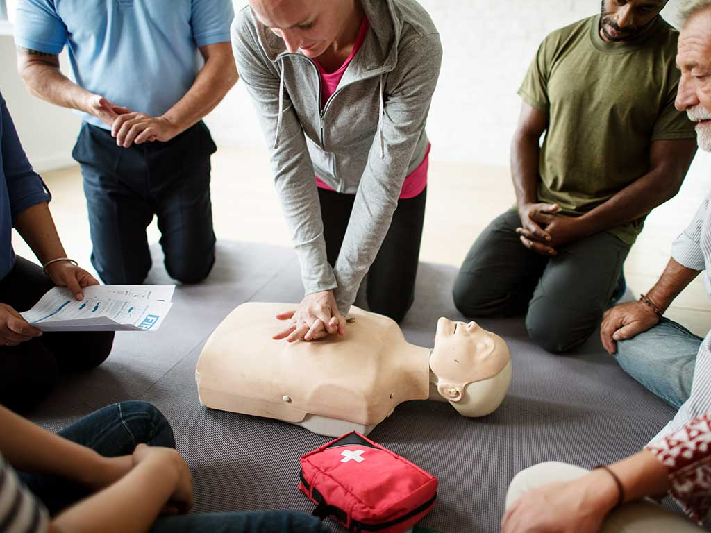 People taking CPR couse